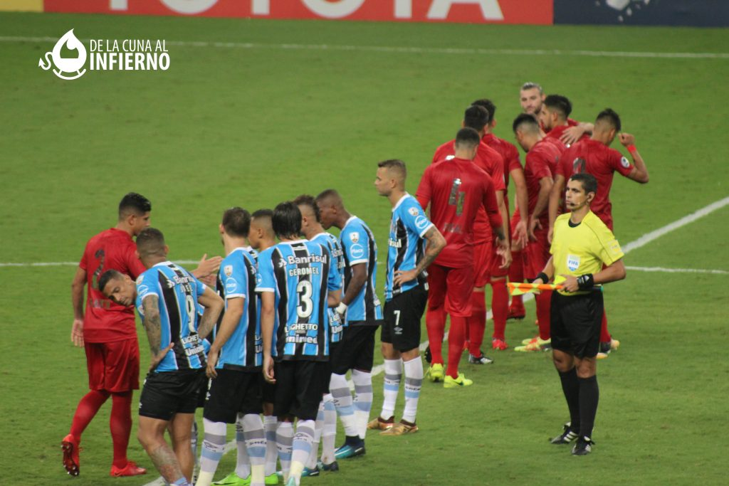 Gremio vs Independiente en Brasil : luis-cotte